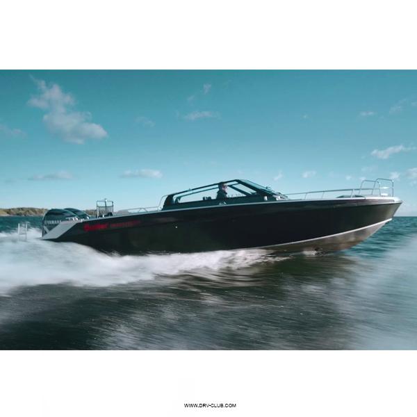 Алюминиевый катер Buster Phantom с подвесным мотором