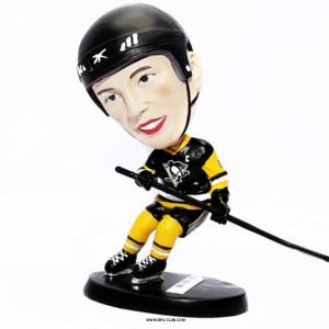 Фигурка хоккеиста Mad Guy с качающейся головой Pittsburgh Penguins черный