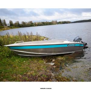 Алюминиевая моторная лодка NewStyle 410 румпельное управление