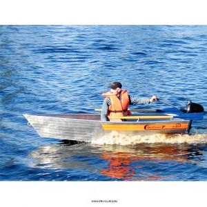 Алюминиевая моторная лодка Wellboat 30