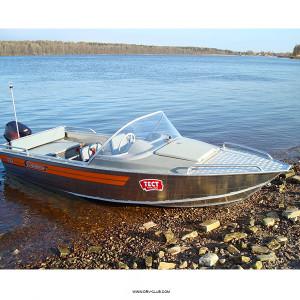 Алюминиевая моторная лодка Wellboat 46 классика